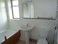 14 Marlborough Rd - Bathroom 1